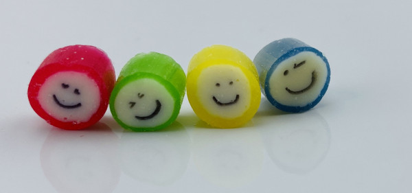 Handgemachte Sylter Bonbons Rocks Smileys: verschiedene Geschmäcker ; süß (Bonschen)